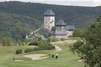 Transfers from Prague to Golf Karlstejn